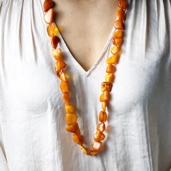 neshka desert amber necklace