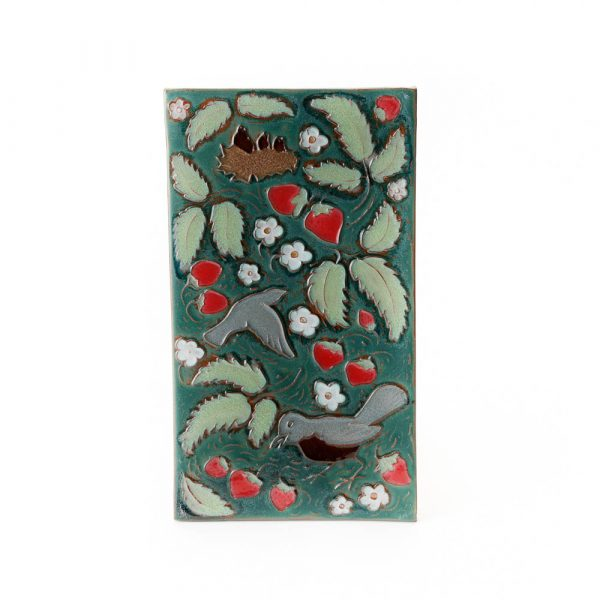 robins and strawberries tile