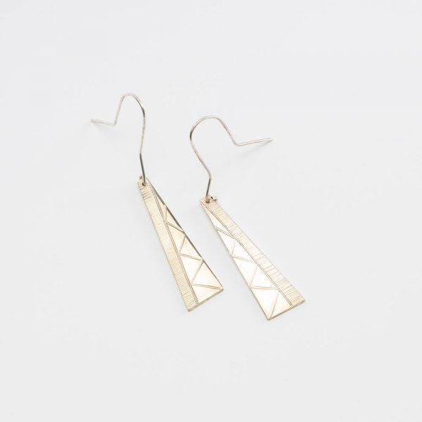 erik lee line zig zag earrings