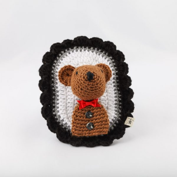 black and white bear head